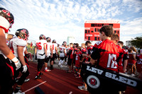 ct-dhd-hinsdale-central-football-tl-0901-2371